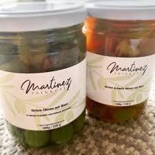 spanische grüne Oliven im Glas